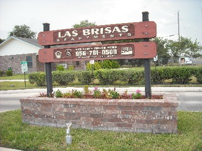 Las Brisas Apartments