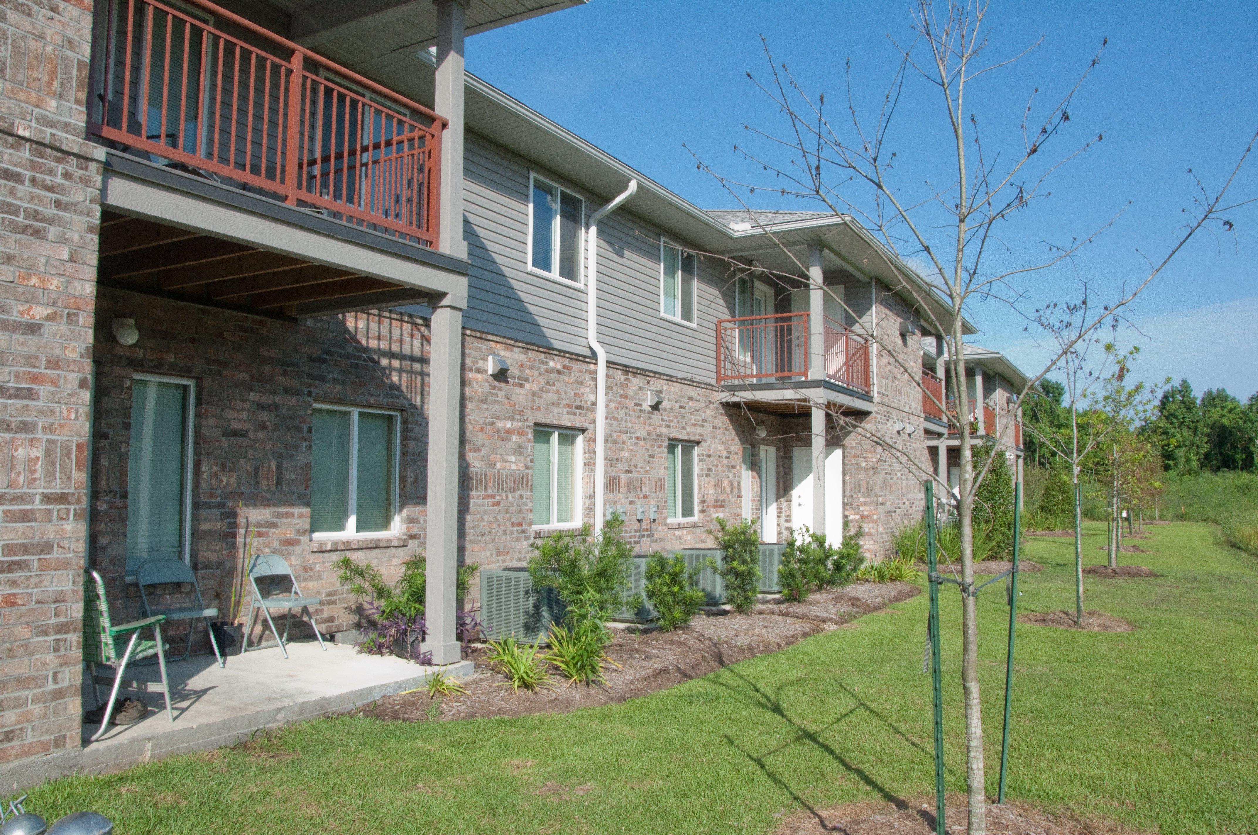 Hooper Springs Apartments