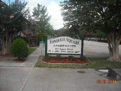 Tomball Square Apartments