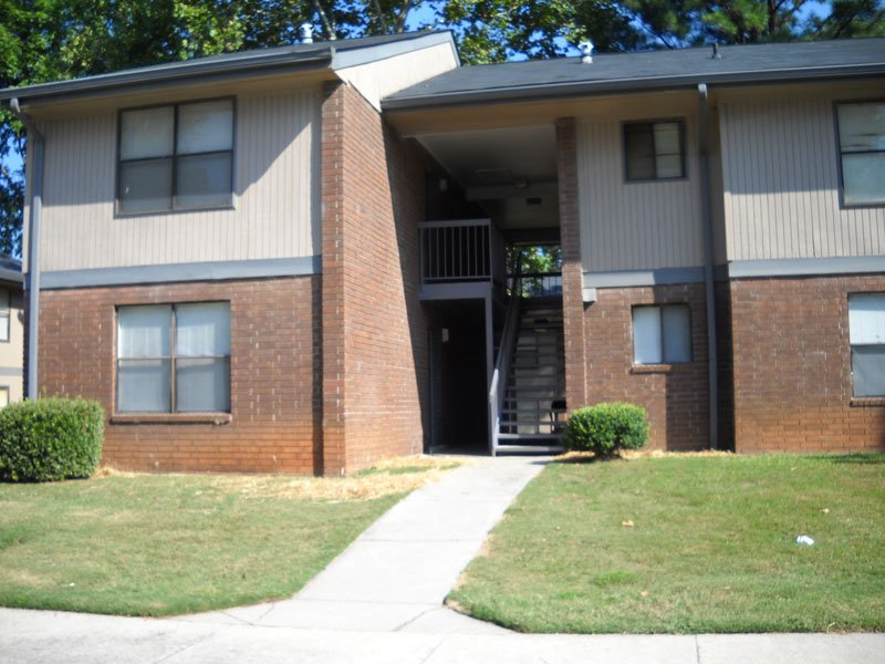 Toccoa Pines Apartments