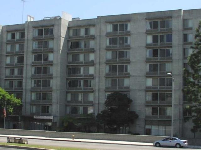 Beverly Towers