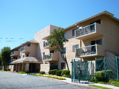 Simpson Saticoy Apartments