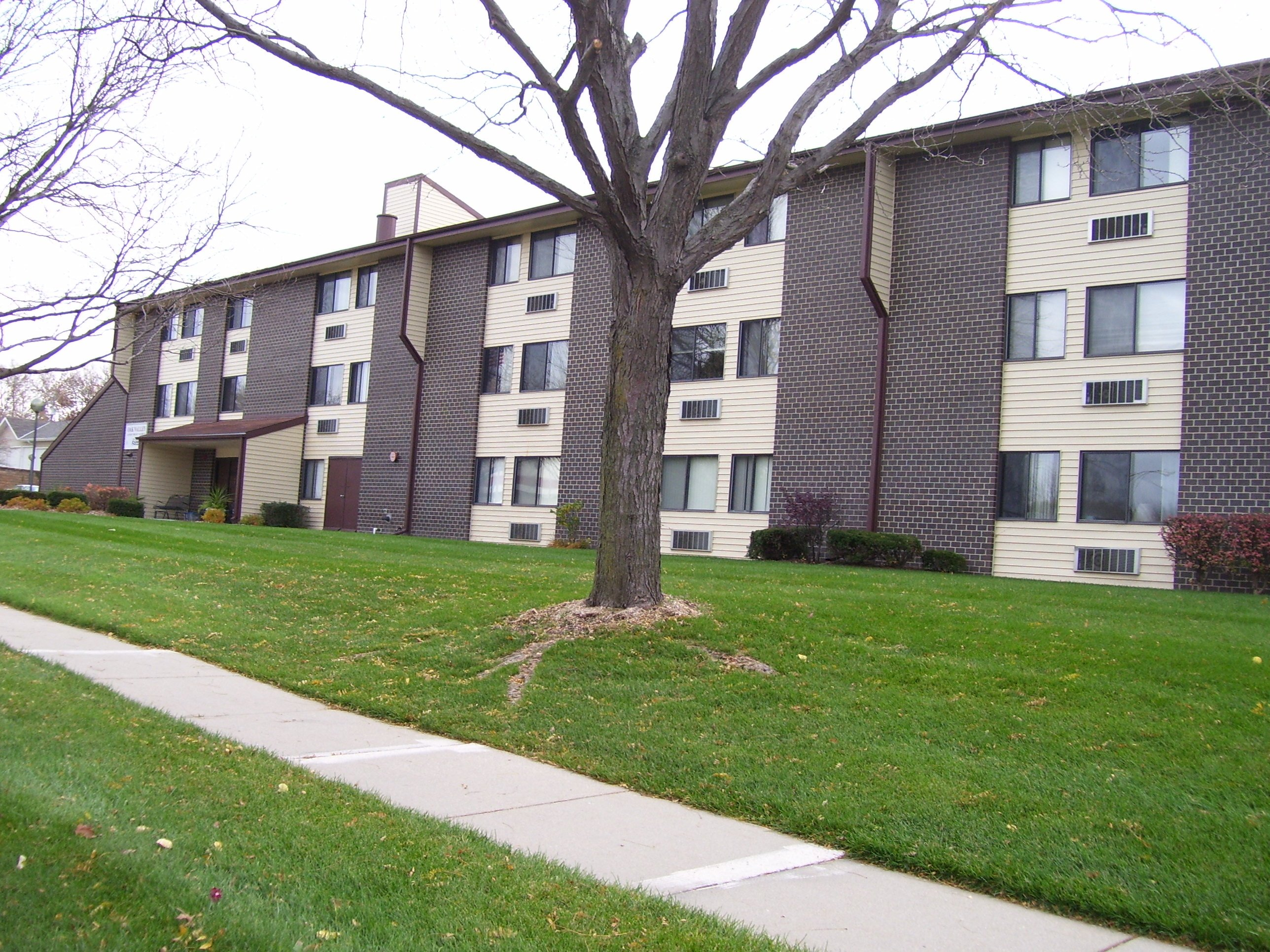 Oak Valley Apartments