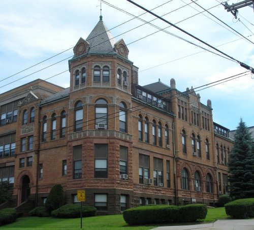 Old Middletown High School Apartments