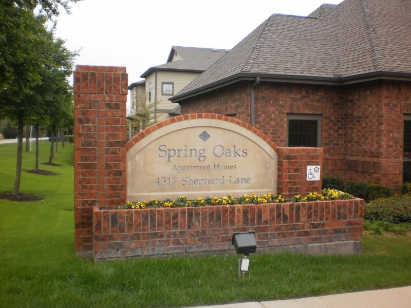 Spring Oaks Apartments